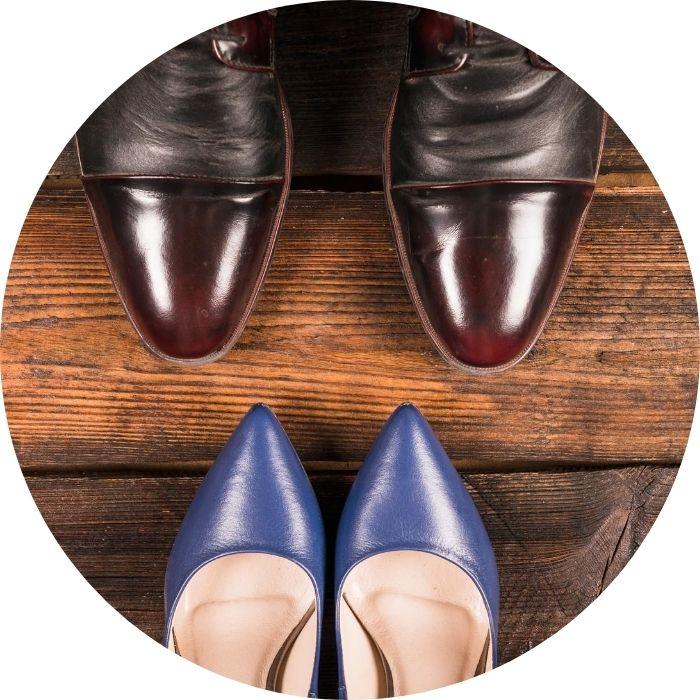zapatos-clasicos-hombre-y-mujer